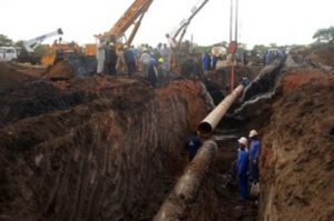 Workers from the Sudanese oil pipeline in the disputed Abyei area reconstruct the line on June 14, 2013 following an explosion the previous day. South Sudan's army rejected any involvement in the explosion after being accused by Khartoum of backing rebels. AFP PHOTO / STR (Photo credit should read -/AFP/Getty Images)